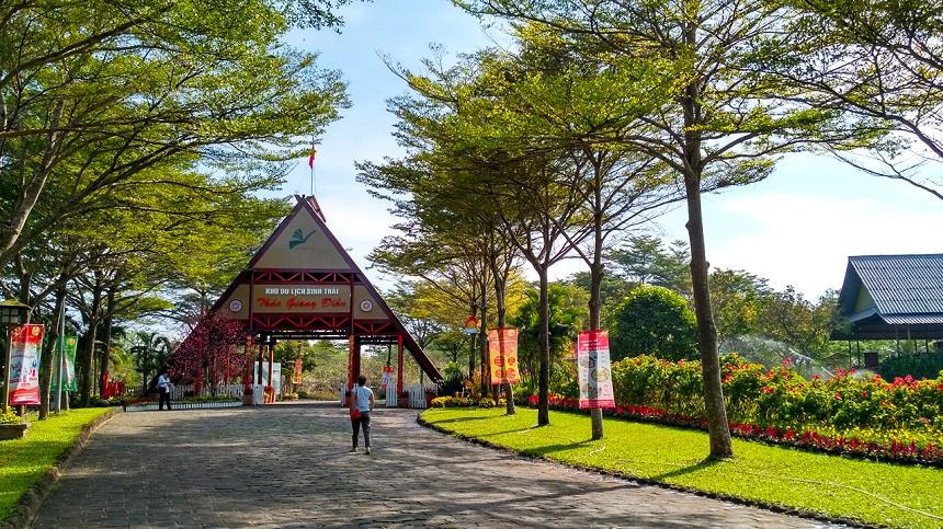 Tour Thác Giang Điền 1 ngày
